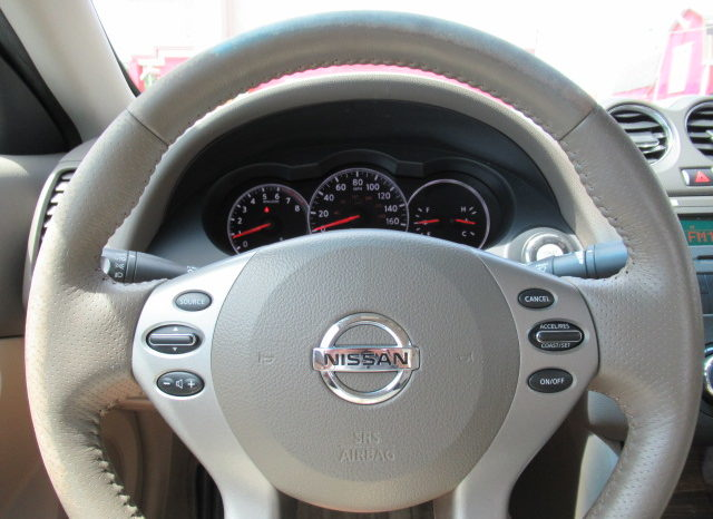 2012 Nissan Altima 2.5S Coupe full