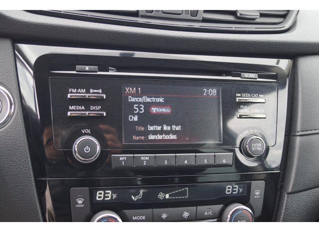 2017 Nissan Rogue SV full