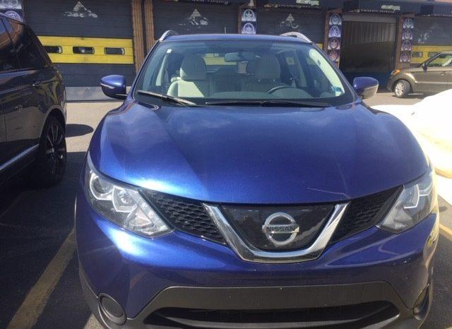 2018 Nissan Rogue Sport SV full