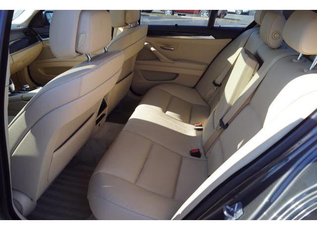 2011 BMW 5 Series 550i xDrive full