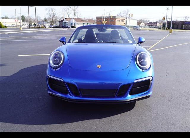 2018 Porsche 911 Carrera 4 GTS full